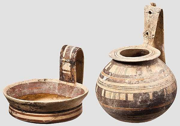 Topf und Schale, beide mit hochgezogenem Henkel, daunisch, 6. - 5. Jhdt. v. Chr.