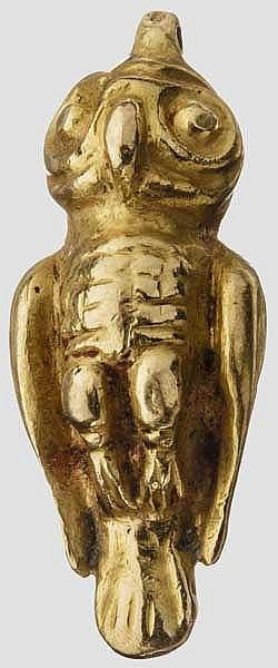 Massiver Goldanhänger in Eulengestalt, archaisch, spätes 6. Jhdt. v. Chr.