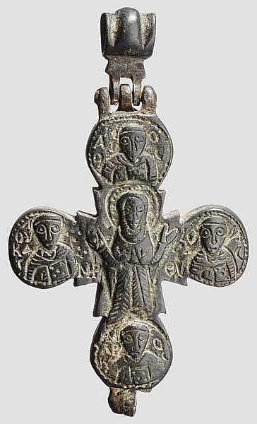 Enkolpion in Kreuzform, mittelbyzantinisch, 11. - 12. Jhdt.