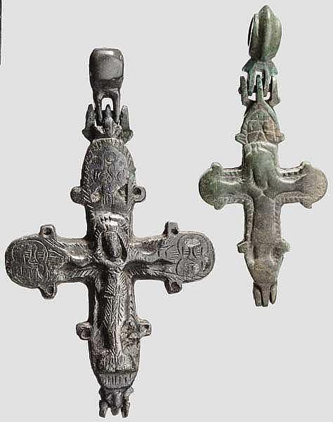 Zwei altrussische Kreuze im byzantinischen Stil, 11. - 12. Jhdt.