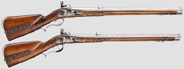 A pair of high-quality flintlock carbines, Hellendael, Utrecht, circa 1680/90