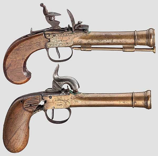 Steinschloss- und Perkussions-Tromblonpistole, Lüttich um 1800 bzw. 1850