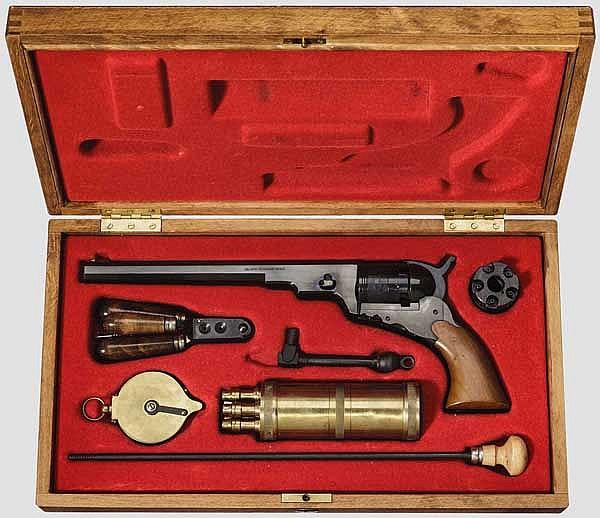 Colt 1836 Paterson, Hege, im Kasten