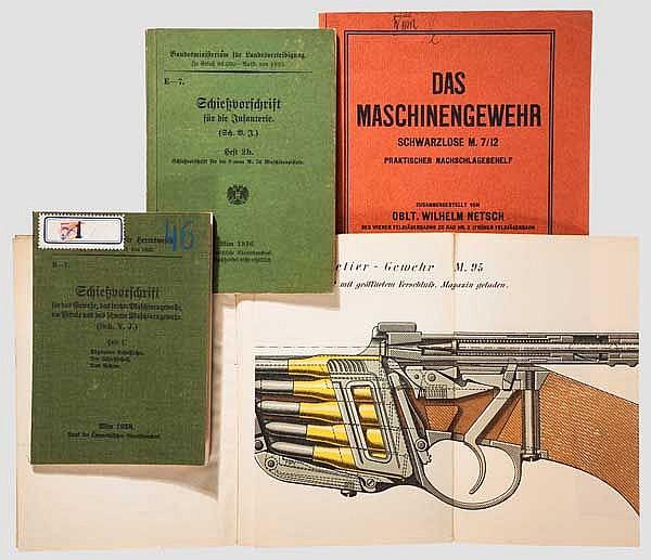 Vier Dienst-Vorschriften Österreichische Infanteriewaffen