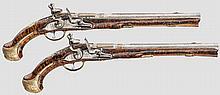Ein Paar lange Steinschlosspistolen, D. Dombre, Frankreich um 1740
