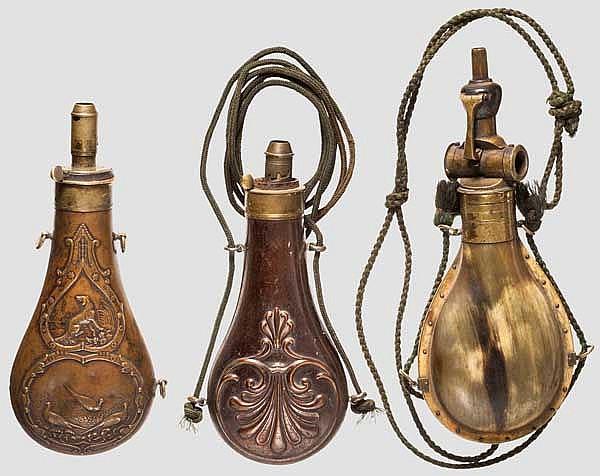 Drei Pulverflaschen, 19. Jhdt.
