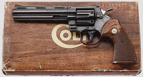 Colt Python Model Revolver, im Karton
