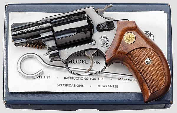 Smith & Wesson Mod. 36,