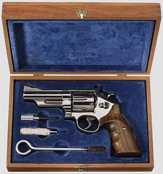 Smith & Wesson Mod. 29-2,