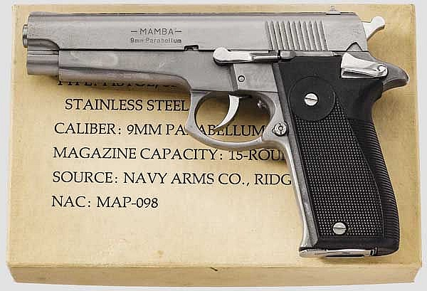 Pistole Mamba, im Karton