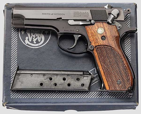 Smith & Wesson Mod. 39-2,
