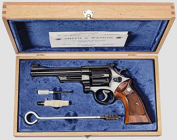 Smith & Wesson Mod. 27-2,