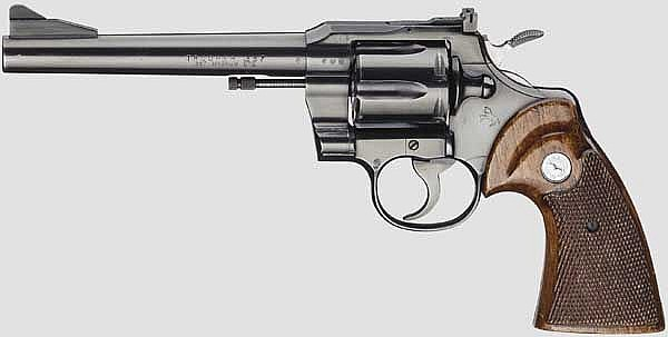 Colt Trooper Model Revolver, mit Holster