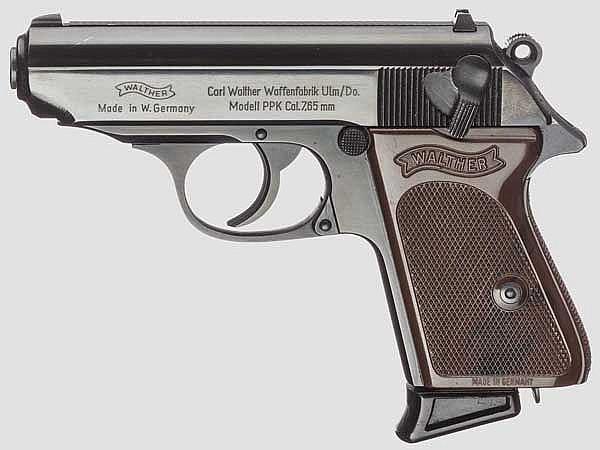 Walther PPK, Ulm, mit Tasche