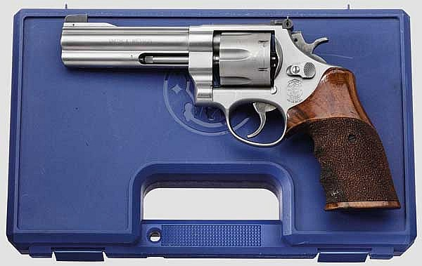 Smith & Wesson Mod. 625-4,