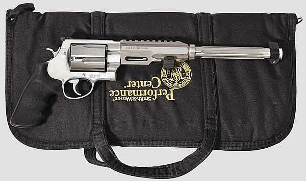 Smith & Wesson Mod. 460 PC - .460 S & W Magnum Revolver, Performance Center, mit Tasche
