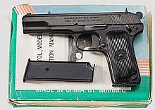 Tokarev Mod. 213, im Karton