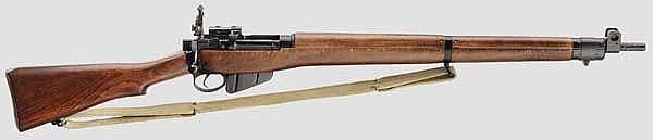 Enfield No. 4 Mk 2, mit Zielfernrohr und Zubehör