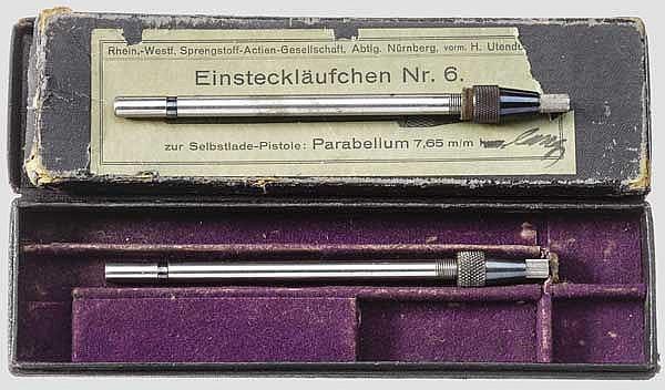 Zwei Einsteckläufe Nr. 6 für Parabellum 7,65 mm, im Karton