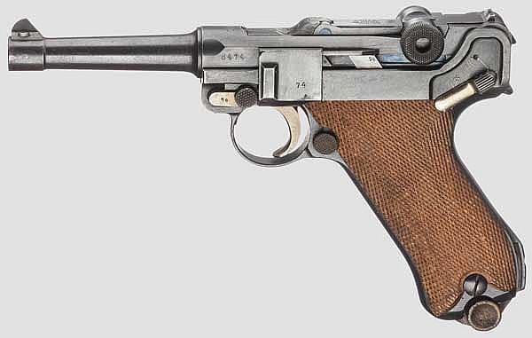 Pistole 08, DWM 1917, mit Brett