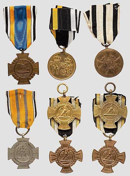 Alsen-Kreuz mit Verleihungsurkunde und Sammlung weiterer Feldzugs-Denkzeichen der Einigungskriege