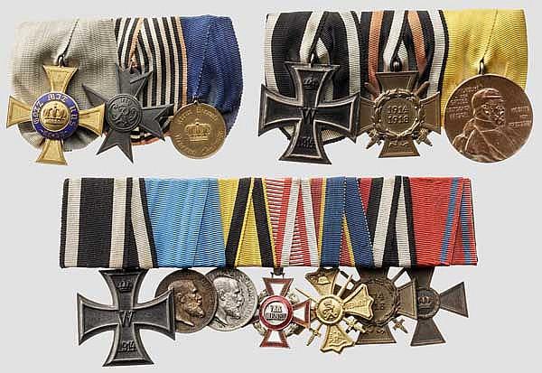 Drei Ordensschnallen mit 13 Auszeichnungen
