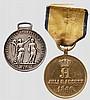 Waterloo-Medaille und Feldzeichen 1866