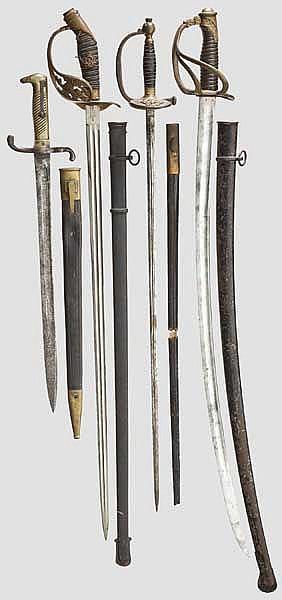 Vier Blankwaffen, deutsch und französisch, Ende 19. Jhdt.