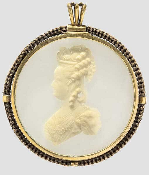 Marie Antoinette - Erinnerungsmedaillon mit Besatz aus geflochtenem Haar, Paris um 1785