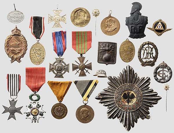Konvolut Ehrenzeichen etc. Erster Weltkrieg