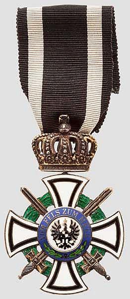 Hausorden von Hohenzollern - Kreuz der Ritter mit Schwertern, Friedländer-Fertigung