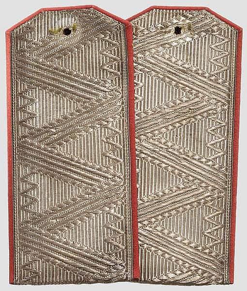 Ein Paar Schulterstücke für einen General der Ingenieurtruppen, Russland um 1910