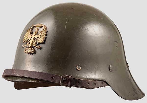 Stahlhelm der Franco-Truppen