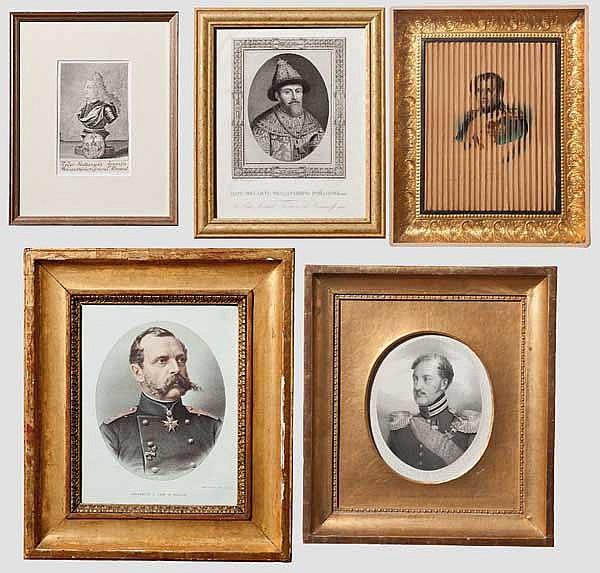 Vier Portraitgrafiken russischer Zaren bzw. eines Admirals und ein Vexierbild von Napoleon Bonaparte und seinem Sohn, zwischen 1730 - 1870