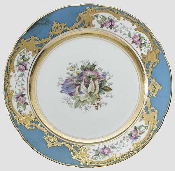 Teller aus dem Tafelservice, Kaiserlich Russische Porzellanmanufaktur St. Petersburg, Russland zwischen 1855 - 1881