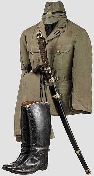 Uniform- und Ausrüstungsensemble eines Unteroffiziers der Marineinfanterie im 2. Weltkrieg