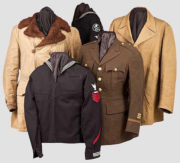 Fünf Jacken