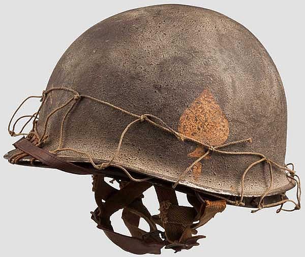 Helm M 1 eines Corporals des 506th Parachute Infantry Regiments
