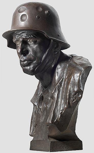 Eduard Beyrer (1866 - 1934) - bronzene Portraitbüste eines Feldgrauen mit Stahlhelm,