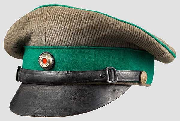 Schirmmütze für Angehörige der Polizeitruppen in den Kolonien