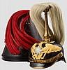 Helm für Mannschaften/Offiziersanwärter der Garde-Infanterie mit Paradebusch und Helmkoffer