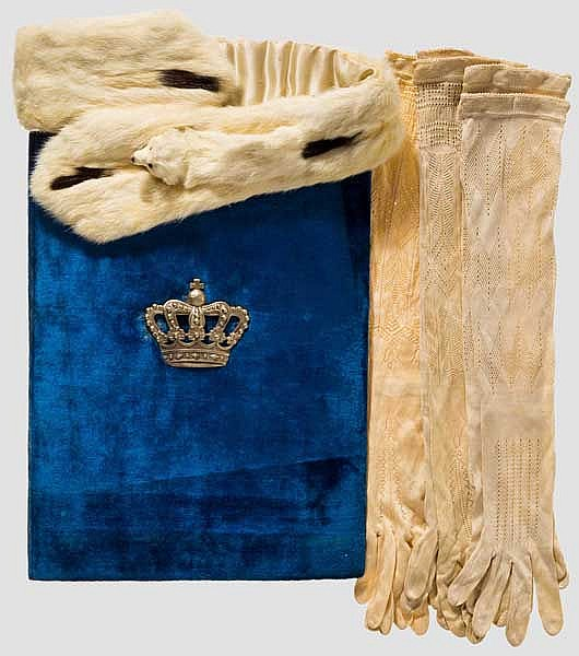 Maria Josefa von Bayern - Dokumentenmappe, kleine Stola, 3 Paar Handschuhe