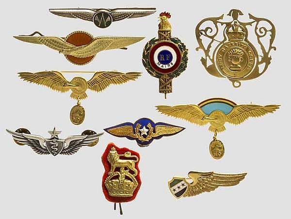 Kleine Sammlung von Pilotenabzeichen