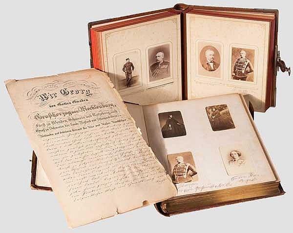Oberstallmeister Graf Carl von Moltke - Urkunde und zwei CDV-Fotoalben