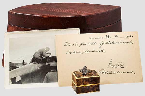 Oswald Boelcke (1891 - 1916) - handgeschriebene Feldpostkarte, Fingerring, Fotos