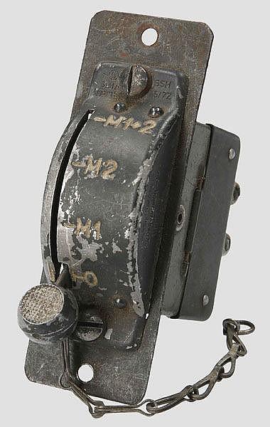Zündschalter 1943 für Motor mit zwei Zündmagneten
