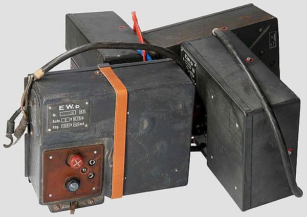 Vier Empfänger-Wechselrichtersätze(E) b -