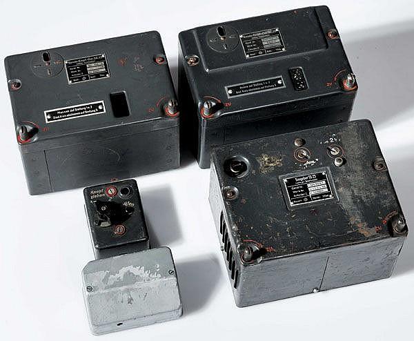 Konvolut an Ersatzteilen für Nachrichtentechnik