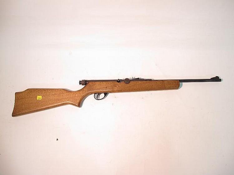1 (One) Crossman Arms Pell Master 707 .177 Cal.