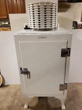 GE Refrigerataor Circa 1933